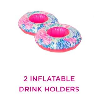 💕💕 Lilly Pulitzer 2 inflatable drink holders